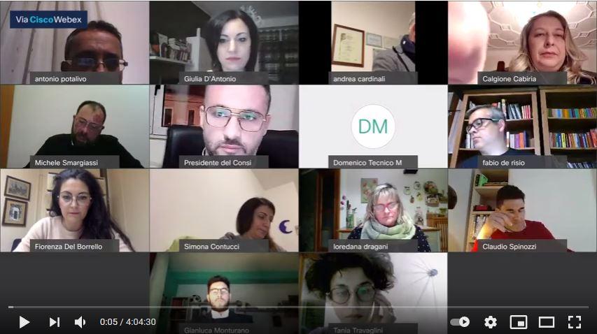 La schermata del Consiglio tenuto in modalità a distanza