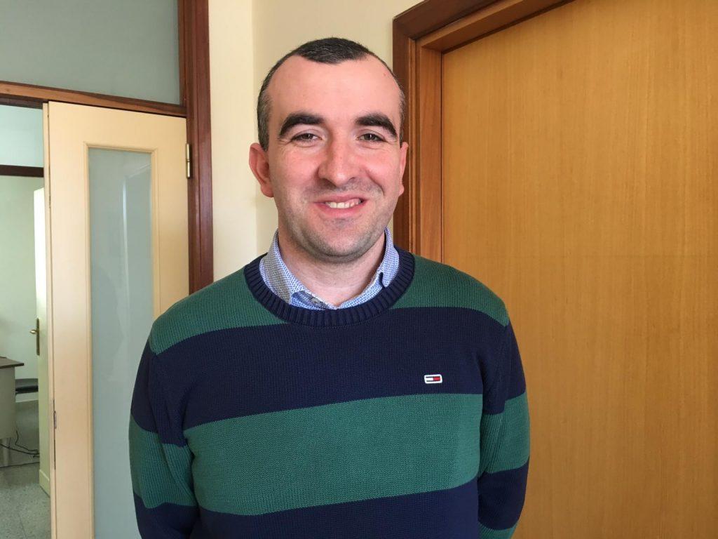 Il parroco di Montenero di Bisaccia don Stefano Rossi